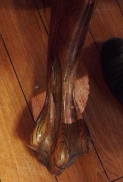 ドラゴン脚